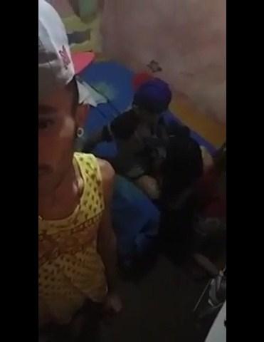 Safadinha de 18 aninhos pagando boquete vazou no grupo do whatsapp