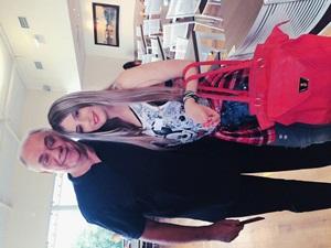 Caiu na net Fotos da filha do Marcelo Rezende