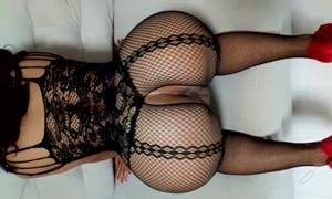 Mulher Sem Calcinha Caiu Na Net Exibindo a Linda Bunda Empinada