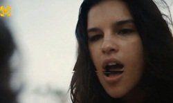 Mariana Rios atriz global peladinha exibindo os peitinhos famosos