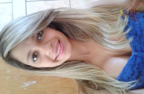 Hellen novinha tetuda de Manaus/AM caiu na net peladinha