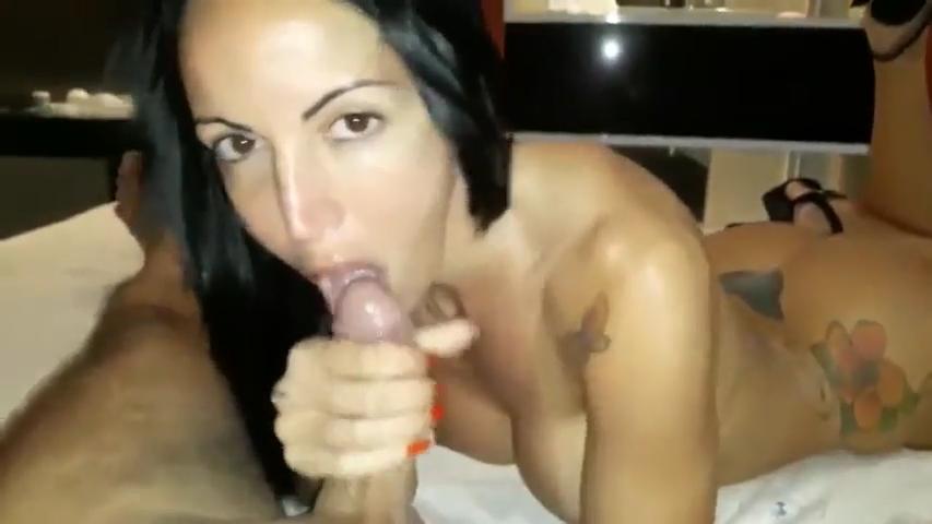 Atriz Porno Famosa Brasileira Fazendo Boquete Amador No Cliente Rico