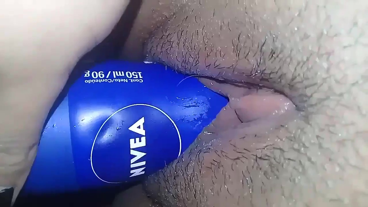 Desodorante na xereca apertada e molhadinha video xxx