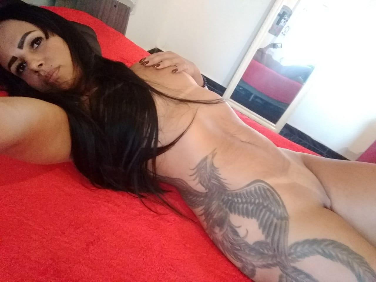 Fotos Porno Online Novinha Tatuada Peladinha Mostrando O Rabão