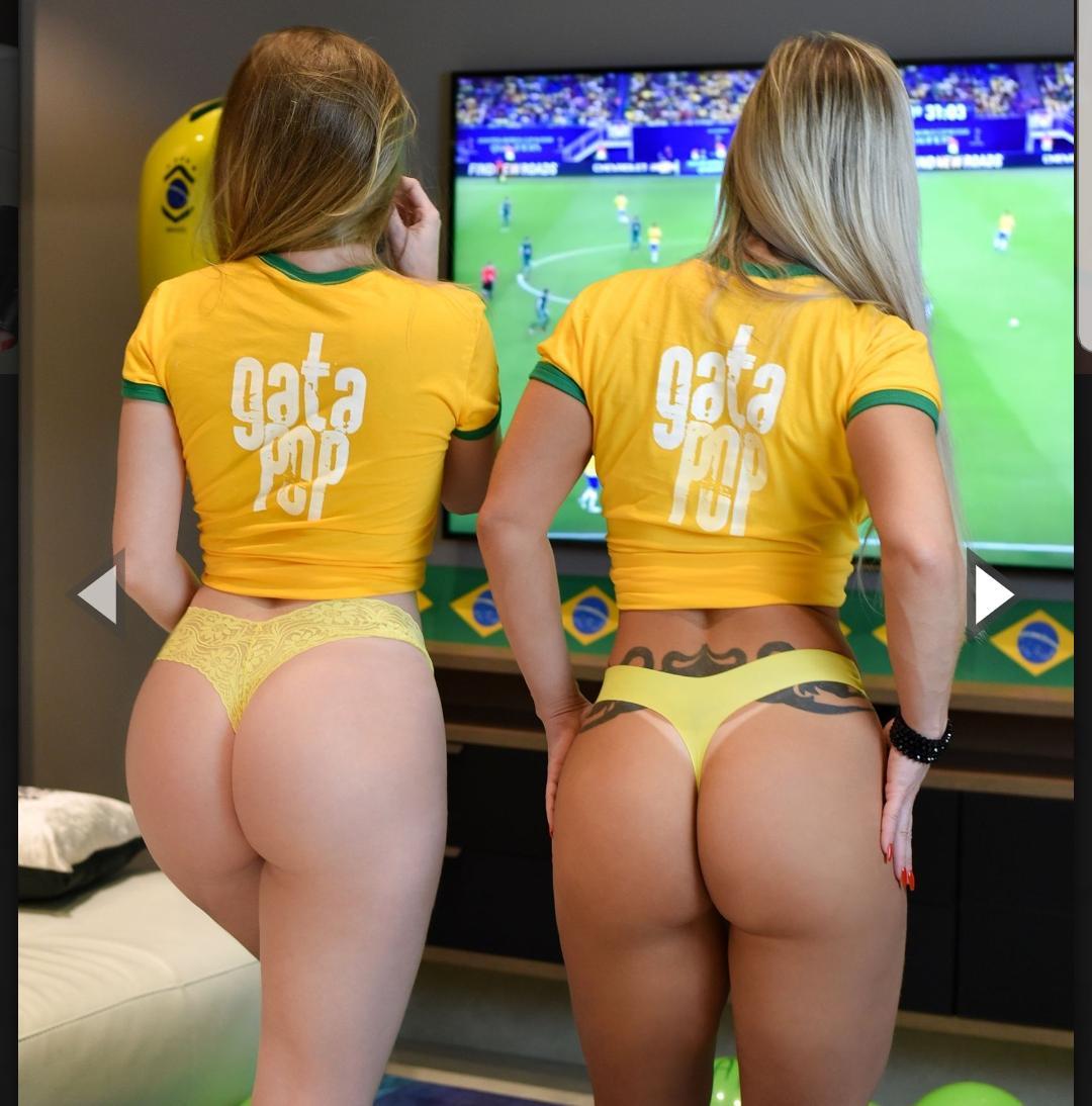 Putaria Na Copa Do Mundo 2018 Fotos De Mulheres Nuas Torcendo Pro Brasil Com As Tetas De Fora