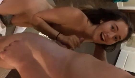 Pornozim Amador XXX Namorado Protagoniza Vídeo De Sexo Com A Namorada