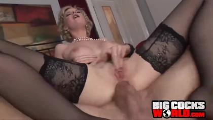 Redtud porno Juliana Schalch famosa da TV nacional dançando peladinha