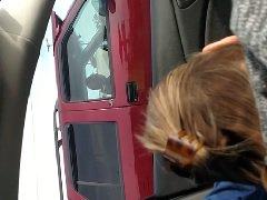 Sexo no carro filmando boquete da namoradinha