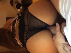 Gostosa de Lingerie de Renda fazendo sexo gostosinho